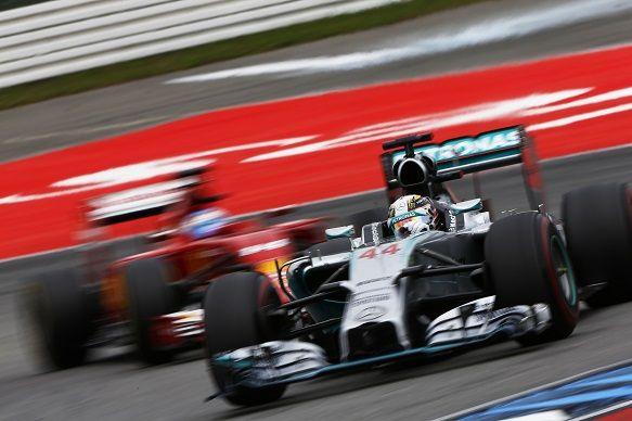 Mercedes確認Alonso是2016年賽季簽不下Hamilton的B計畫